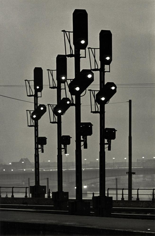 Toni SCHNEIDERS :: Signalen, Koln, 1951