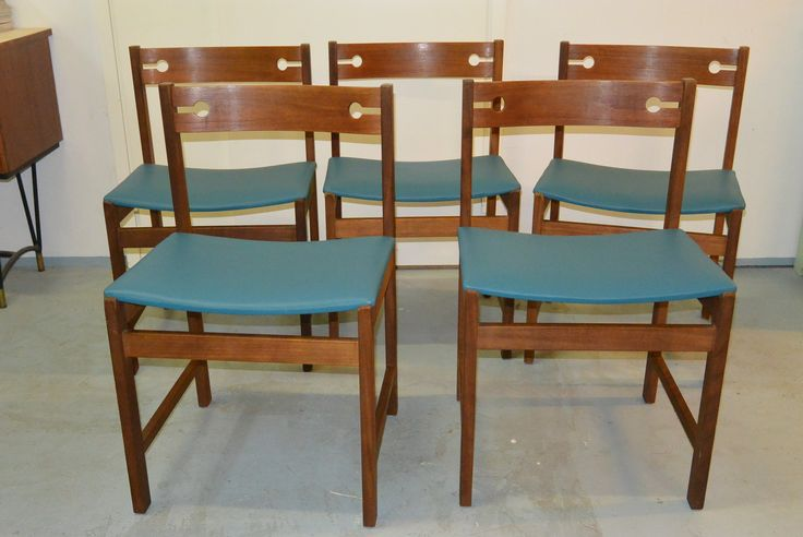 MYYDÄÄN Sopenkorpi teak tuolit 5 kpl, uudelleen verhoiltu nahalla
