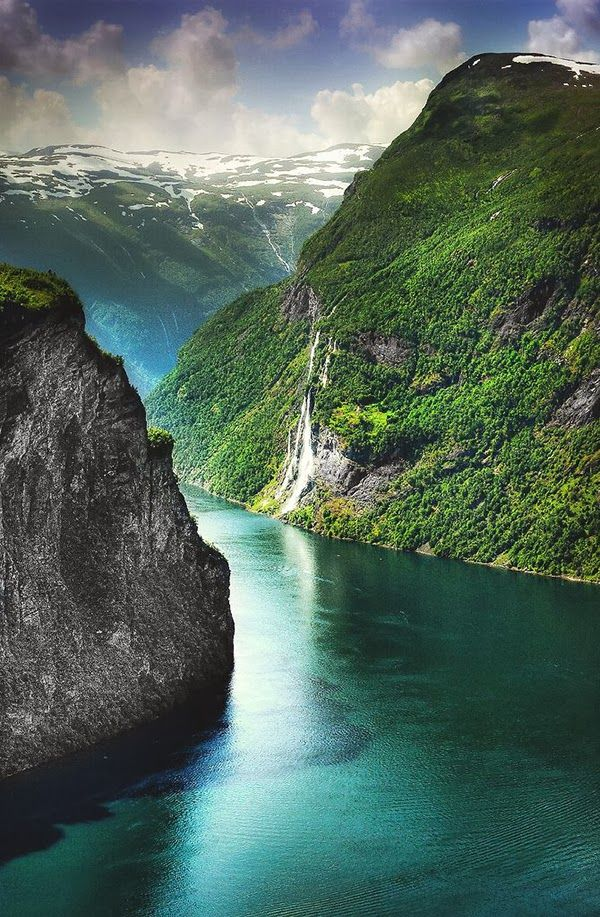The Seven Sisters Waterfall ~ Geiranger Norway ~~Ok, this in a nutshell is why I so badly want to go to Norway. The beauty is UNREAL. #PinUpLive