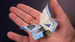 Geld falten, Schmetterling aus Geldscheine basteln