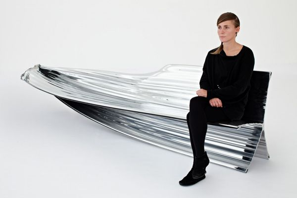 Aluminium Extrusion Bench / Heatherwick Studio - eVolo | Architecture Magazine