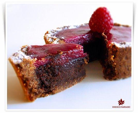 """"""" Questa settimana al corso di dolci austro-ungarici, abbiamo affrontato un grande classico della pasticceria, la LinzerTorte! Una crostat..."""