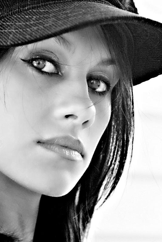 CapIncredibles Face, Female Ii, Female Portraits, Face Bw, Face B W, B W Face, Black White, Bw Face, Portraits Black