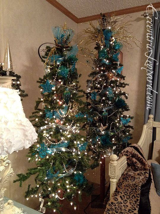 teal and gold tree eccentric leopard holiday decor christmas decorations gold christmas. Black Bedroom Furniture Sets. Home Design Ideas