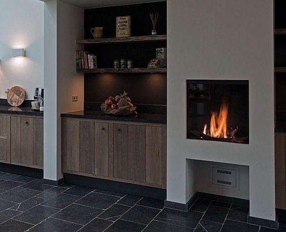 Stoer landelijke keuken met haard   Home ~ Haarden  u0026 Schouwen ~ Fireplace   Pinterest   Met