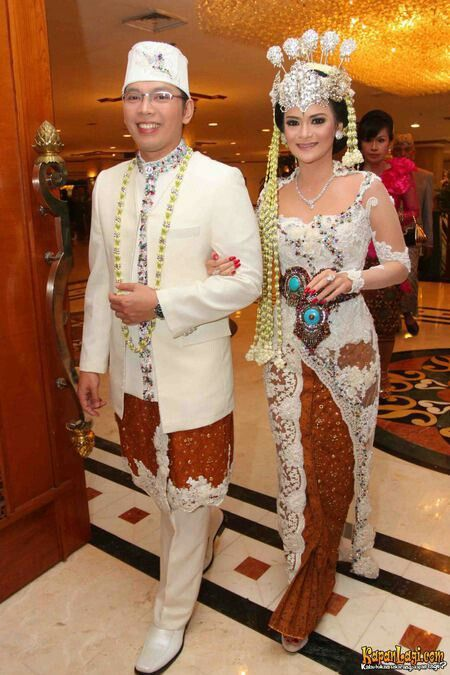 Sundanesse Wedding Kebaya