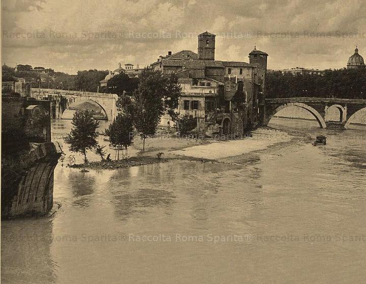 Tiber Island during a 1925 flood