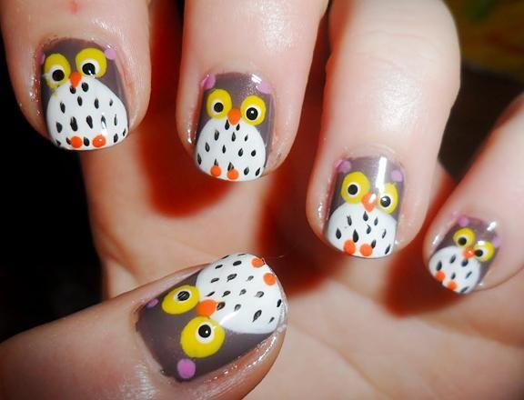 fall nail art: this link contains owl and pumpkin tips both