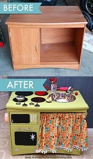 Have you found an end table or a small entertainment center? Well just look at what you can turn it into! Your kids will have a blast with this play kitchen that is just their size!