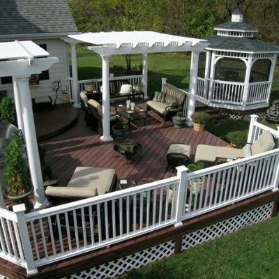 This multi facetted project in xenia ohio won the nari for Who makes tropics decking