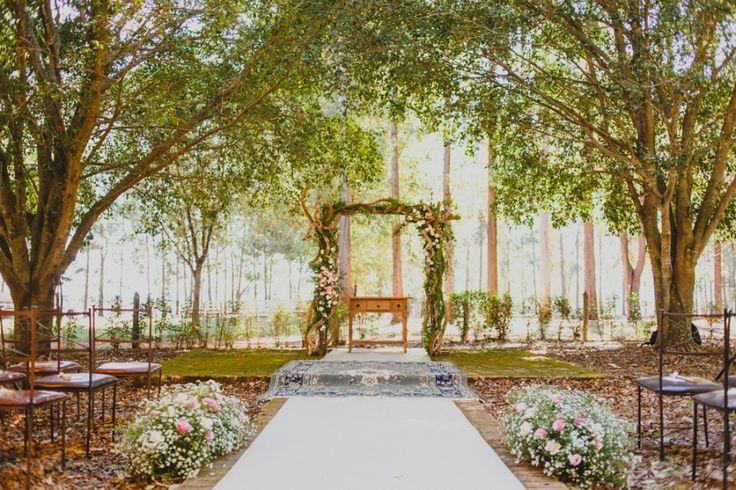 Casamento Rústico/Romântico sob as árvores – Jamille e Guilherme http://lapisdenoiva.com/casamento-rustico-romantico-jamille-e-guilherme/ Foto: Moyra e Tiago