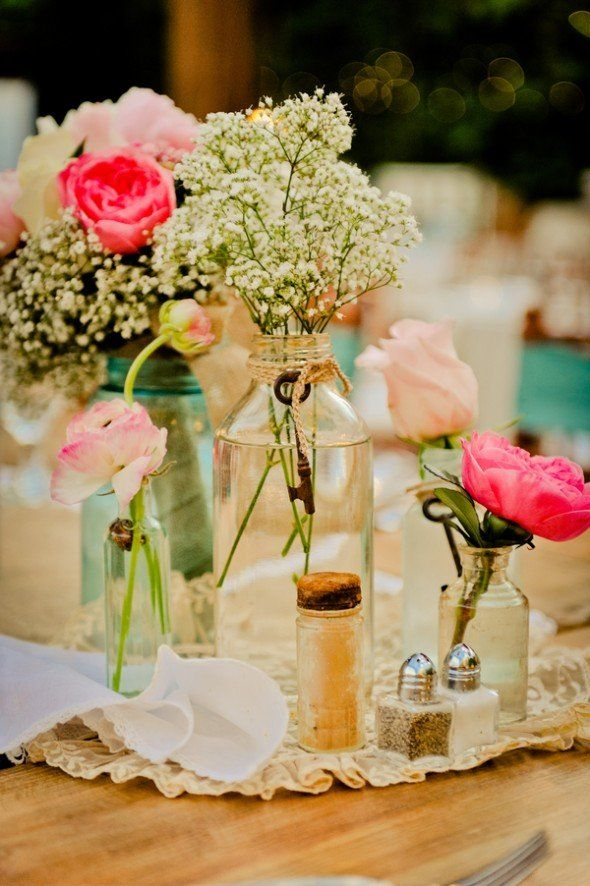 Vintage chic style wedding jars wedding and flower for Centros de mesa para bodas originales
