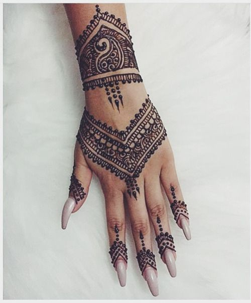 Black Henna: 25 Best Henna Tattoo Designs Images On Pinterest