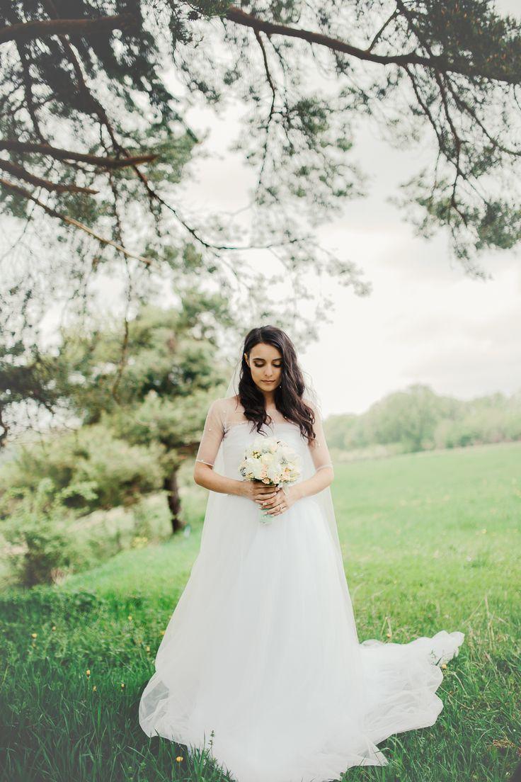 Wedding photography tulle dress