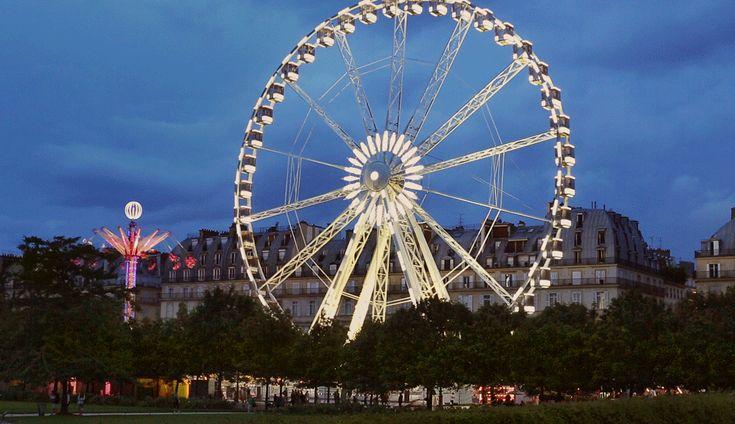 #Paris in motion: Tuileries carnival. Cinemagraph of the Tuileries carnival in Paris by Stacy Reeves.