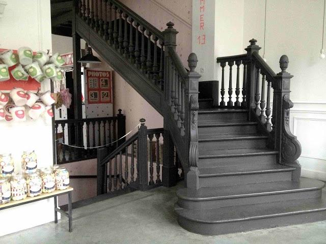 Inspiration from Paris - Love this staircase!    See more pictures here:    http://franciskasvakreverden.blogspot.no/2013/04/duggfersk-inspirasjon-fra-paris.html    Foto: Franciska Munck-Johansen