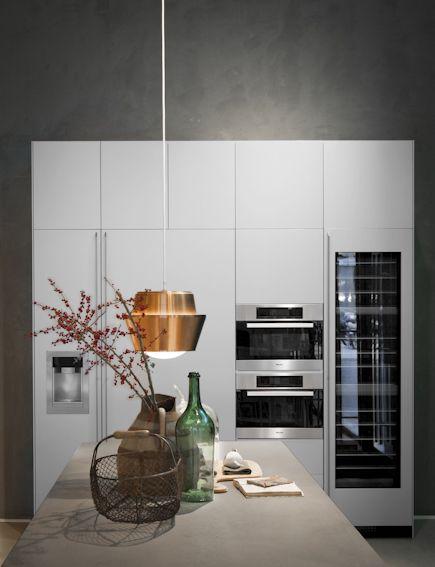 @Valcucine Kitchens Kitchens  - idea x angolo dove abb tavolo ora (con un modulo da 45 in meno)