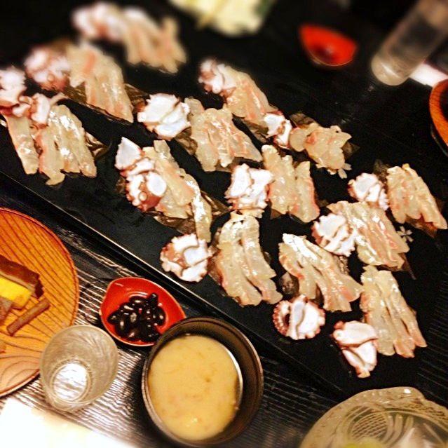 ☆鯛の昆布じめ ☆タコ - 4件のもぐもぐ - 実家で☆刺身盛り合わせ&関西のお雑煮(白味噌仕立て) by akkomama