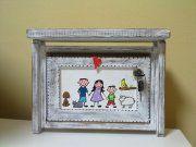 poštovní schránka-patina s rodinkou