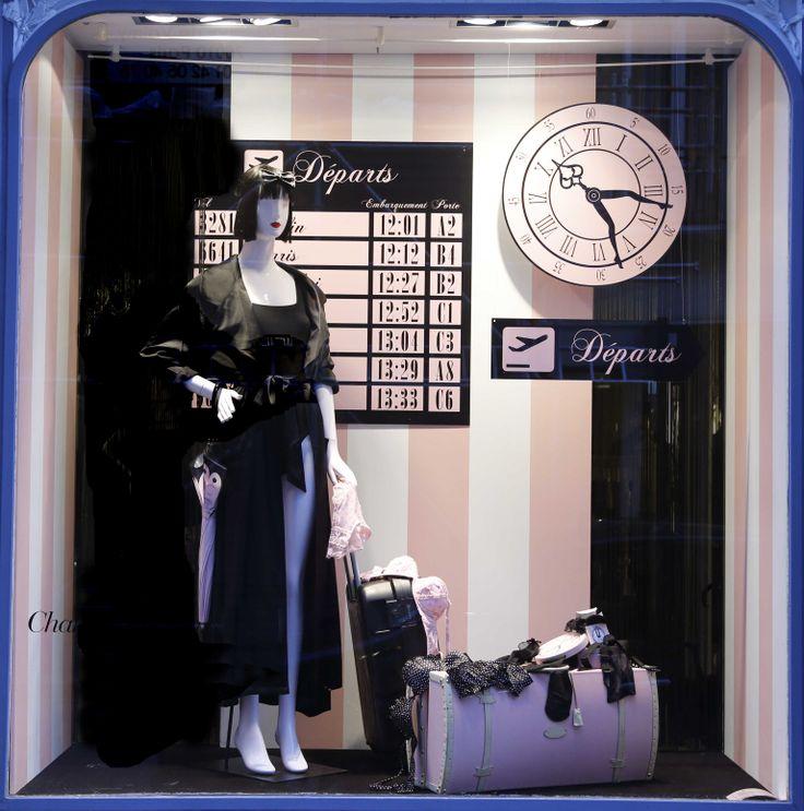 Avril 2014 Vitrine Boutique Chantal Thomass 211 Rue Saint Honoré Paris #ChantalThomass #Lingerie #Paris