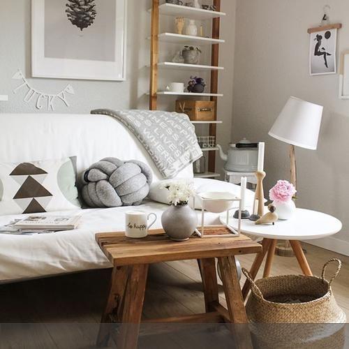 Wohnzimmer In Weiss Und Natur