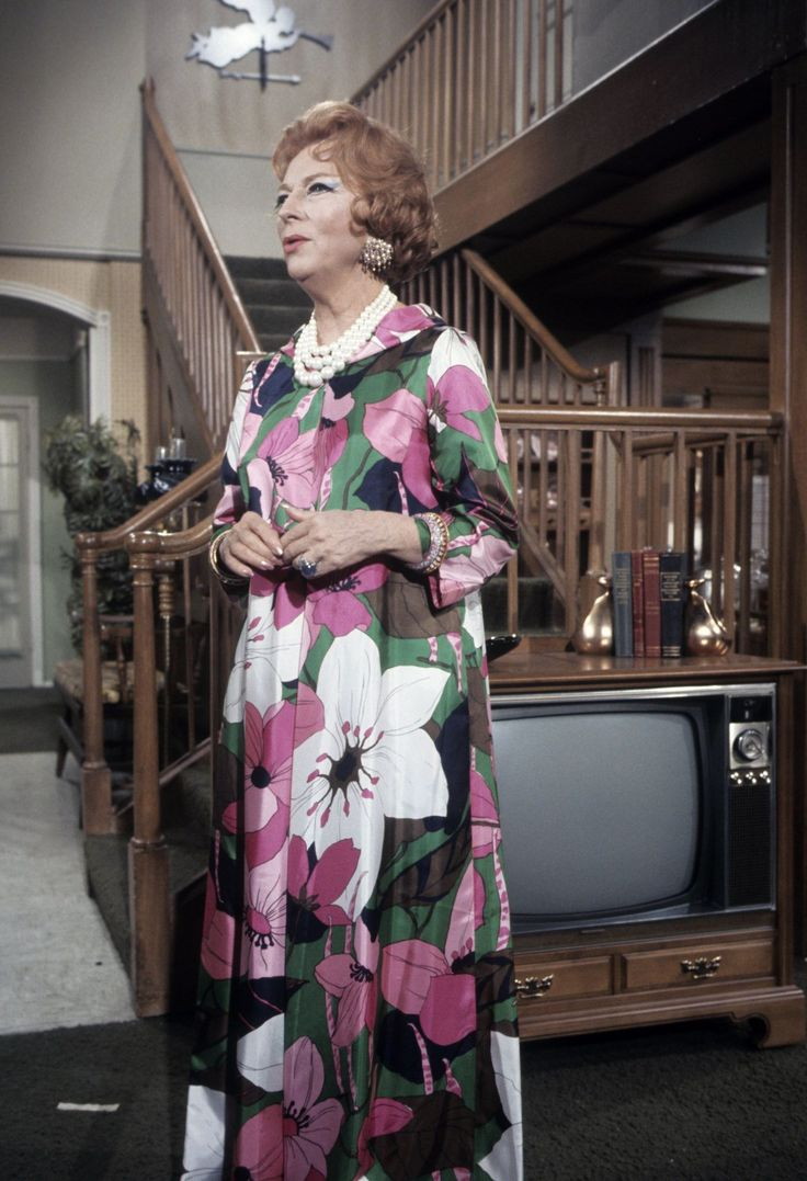 I'm kind of liking Endora's caftan. :-) Bewitched House - Famous TV Homes