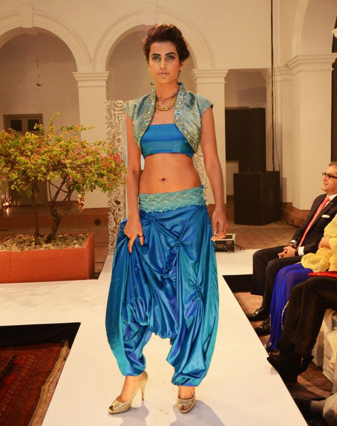 Turquoise-green shot-silk Turkish pants (INR 4090) with a tube-top (INR 1490) and sea green embroidered silk bolero (INR 5590)