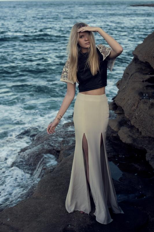 Maxi SlitMermaid Style, Crop Tops, Jessica Stein, Thighs High, Cap Sleeve, Cut Out, Classy Chic, The Sea, Maxis Skirts
