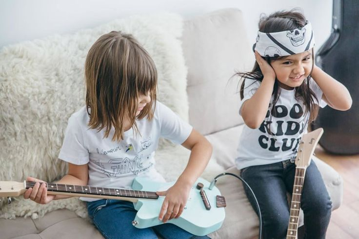 Loog Guitars Teach Kids To Build A Guitar & Play It Better Than You  #guitar #kids #music A parent could offer a child few gifts that broaden horizons in such fulfilling fashion as the opportunity to learn a musical instrument. Loog Guitars...