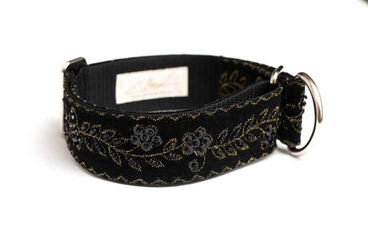 New martingale collar design by zaCHARTowani (all rights reserved). Find more at www.facebook.com/zachartowani