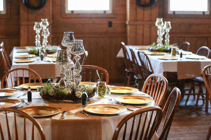 Gunn's Dairy Barn Heritage Park - Rustic and Gold Table Decor