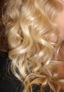 Curls using tin foil and a hair dryer with a diffuser!