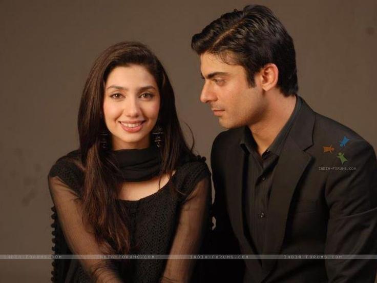 Humsafar, a seriously insanely amazing pakistani drama!!!! Im addicted :-)
