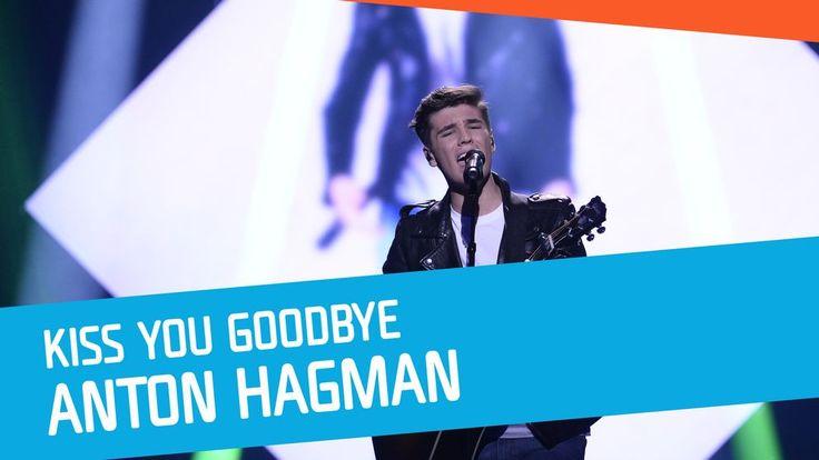 "Se Anton Hagman sjunga ""Kiss You Goodbye"" i Melodifestivalen 2017."