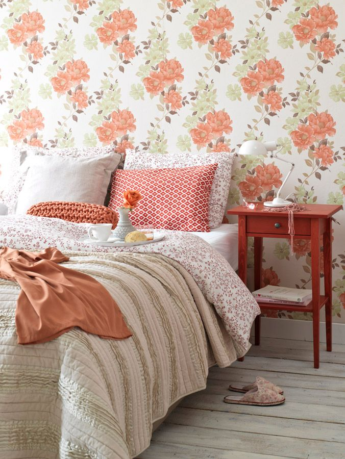 I like the pleats on the comforter, and the pretty coral color in the bedroom. So Happy Colors // Щастливи цветове | 79 Ideas