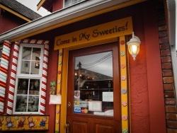 Chemainus candy shop - Kara Johancsik