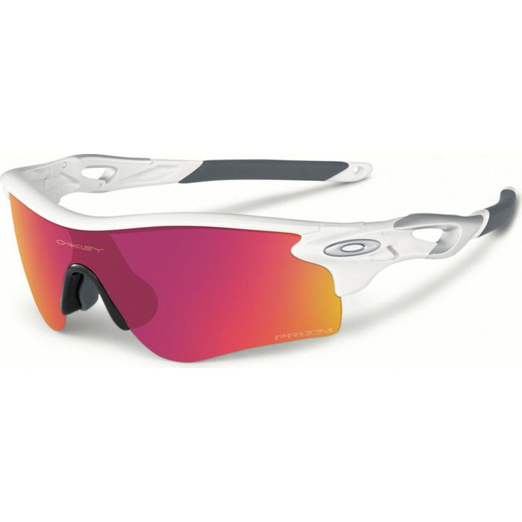 Oakley makes sure you'll conquer with the Sport Radarlock Path Polished White Sunglasses. Fixed with Prizm Infield lenses, these shades will fine-tune your view to show stronger contrasts, more vibran