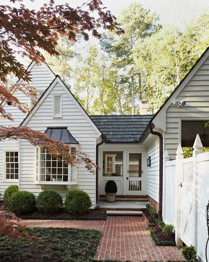 Mudroom Addition To Front Of House Yahoo Search Results: Breezeway, Attached Garage And Driveway Ideas