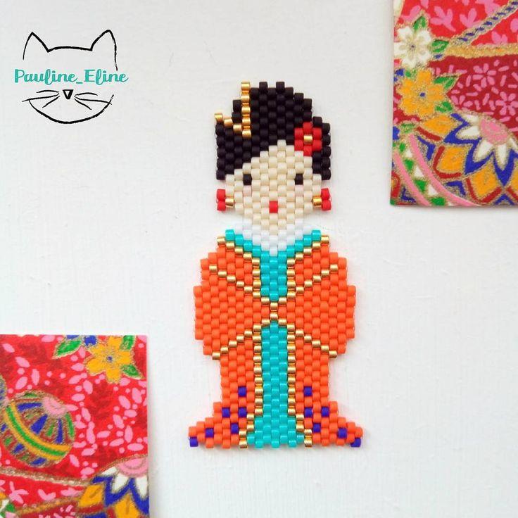 Une petite geisha! Ou alors une petite chinoise? Je ne suis pas sûre.... Mais j'aime bien l'association de couleurs, je devrais utiliser du orange plus souvent! #jenfiledesperlesetjassume #miyukibeads #miyuki #perle #perlesaddict #brickstitch #geisha #kokeshi #japan #japon #brickstitch #motifpauline_eline