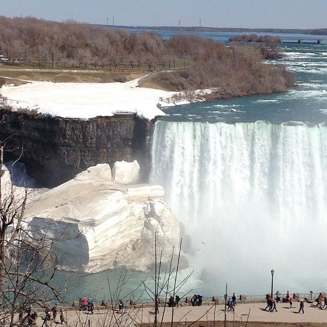Niagara Falls - Waterfalls - Be mesmerized by one of the most beautiful natural places on Earth at the Niagara Falls
