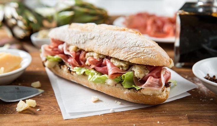 E' la nuova frontiera dello street food: la rielaborazione dei panini e del patrimonio gastronomico tradizionale secondo lo stile personalissimo dei più noti chef italiani