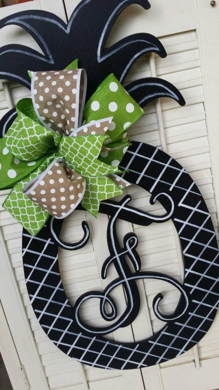 Decorative Door Hangers 17 Best Ideas About Initial Door Hanger On Pinterest Letter Door