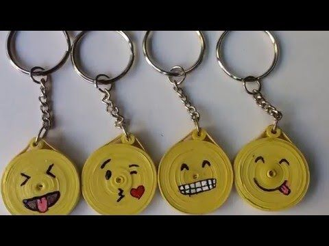 how to make paper quilling whatsapp emoji keychains?