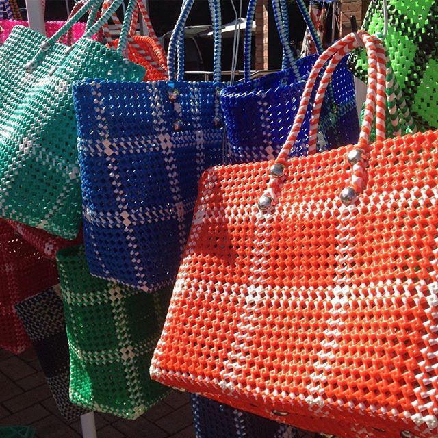 Taking the baskets to market today. Fun in the sun at Ballan. Lots of colours still available online- link in bio 😊👍❌ #markets #baskets #handmade #handwoven #womenswork #villagelife #crafted #craft #marketbag #recycleable #shoppingbasket #ballan #lovewhatyoudo