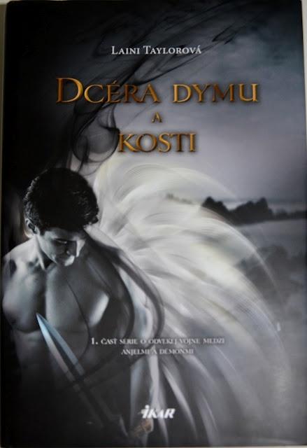 Slovak cover! Daughter of Smoke and Bone
