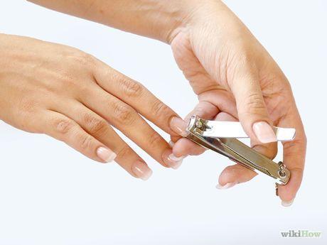 Bildtitel Remove Acrylic Nails Step 1