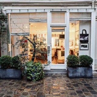 Le Salon De Coiffure Ultra Secret Des Parisiennes L Endroit Paris 1