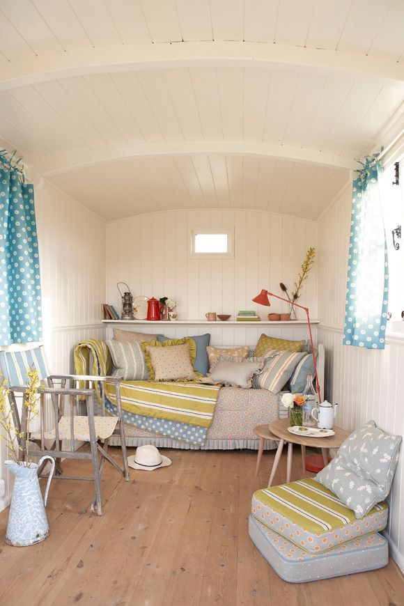 112 best Beach Hut Interiors images on Pinterest | Beach cottages ...