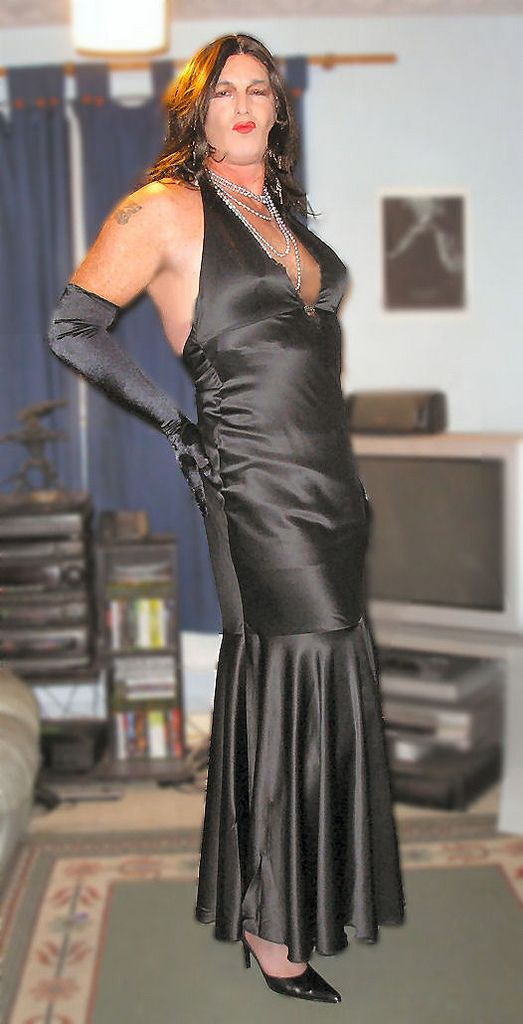 Me In Black Satin Evening Dress Satin To Wear