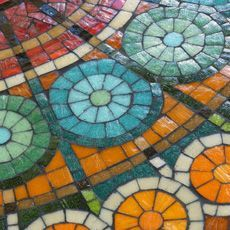 Detalle mandala piso Mural Mosaiquismo